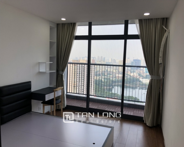 3 bedroom apartment for rent in Discovery Complex Cau Giay 5