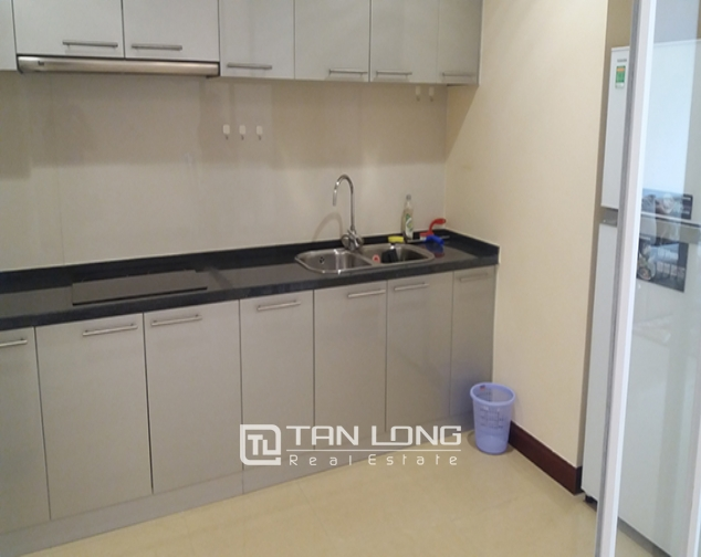 3 bedroom apartment for rent in R4 Vinhomes Royal City, Thanh Xuan dist 4
