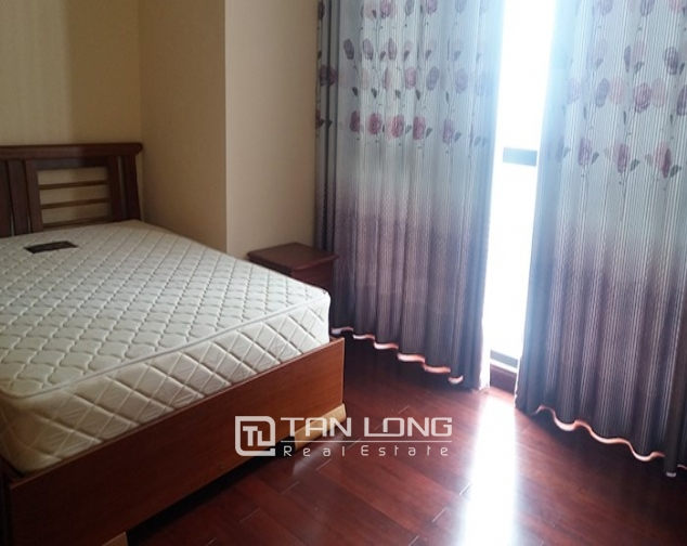 3 bedroom apartment for rent in R4 Vinhomes Royal City, Thanh Xuan dist 5