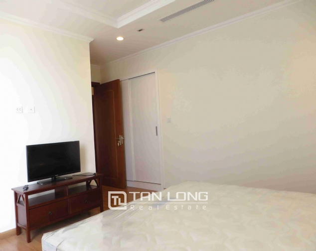 3 bedroom apartment for rent in Vinhomes Nguyen Chi Thanh 7
