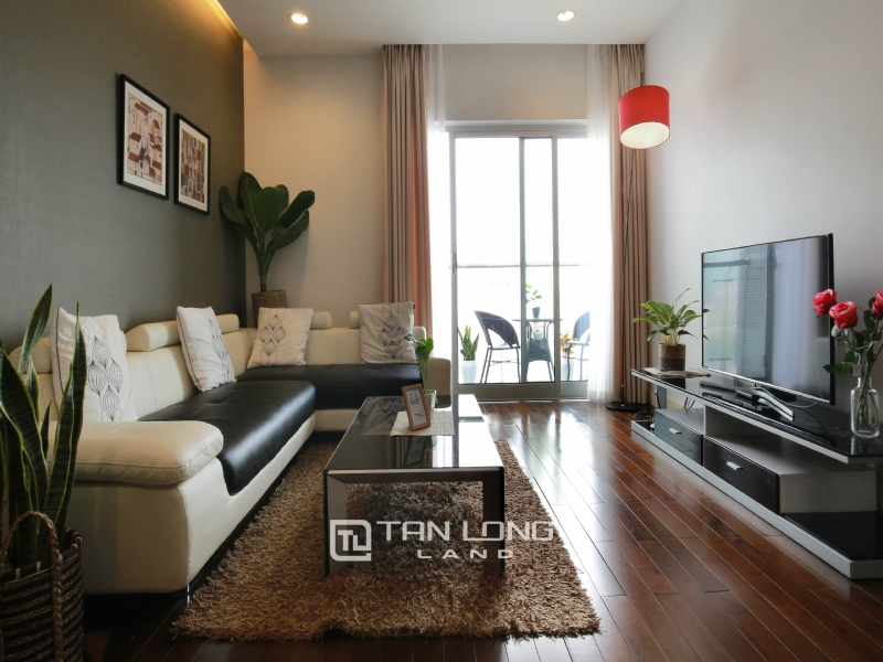 3 BEDROOM APARTMENT FOR RENT ON 10TH FLOOR IN LANCASTER HANOI 1