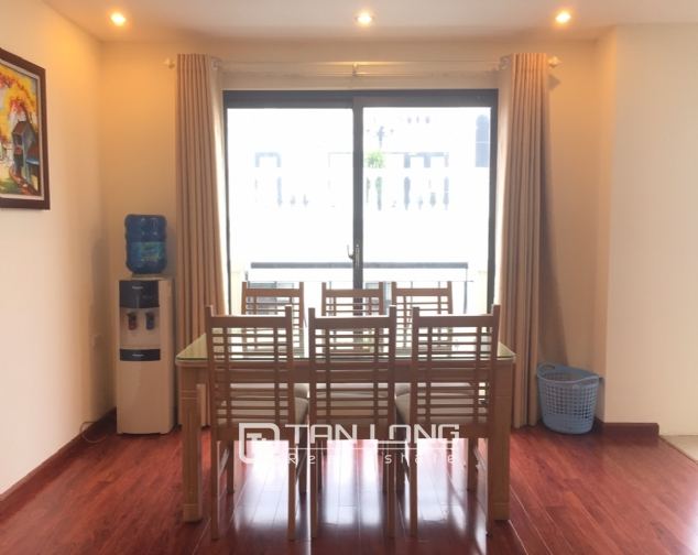 3 bedroom apartment for rent on Lane 275, Au Co street, Tay Ho 3