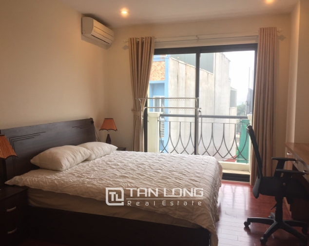 3 bedroom apartment for rent on Lane 275, Au Co street, Tay Ho 5