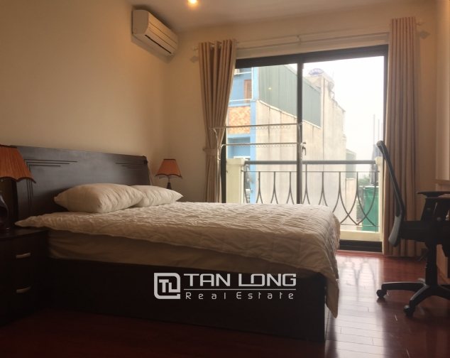 3 bedroom apartment for rent on Lane 275, Au Co street, Tay Ho 7