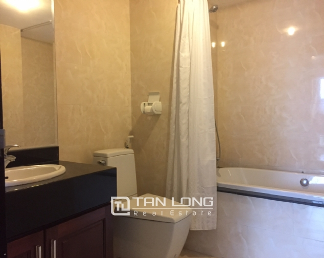 3 bedroom apartment for rent on Lane 275, Au Co street, Tay Ho 10