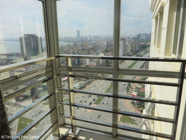 3 bedroom apartment for sale in G3 Ciputra, lake view, spacious 4