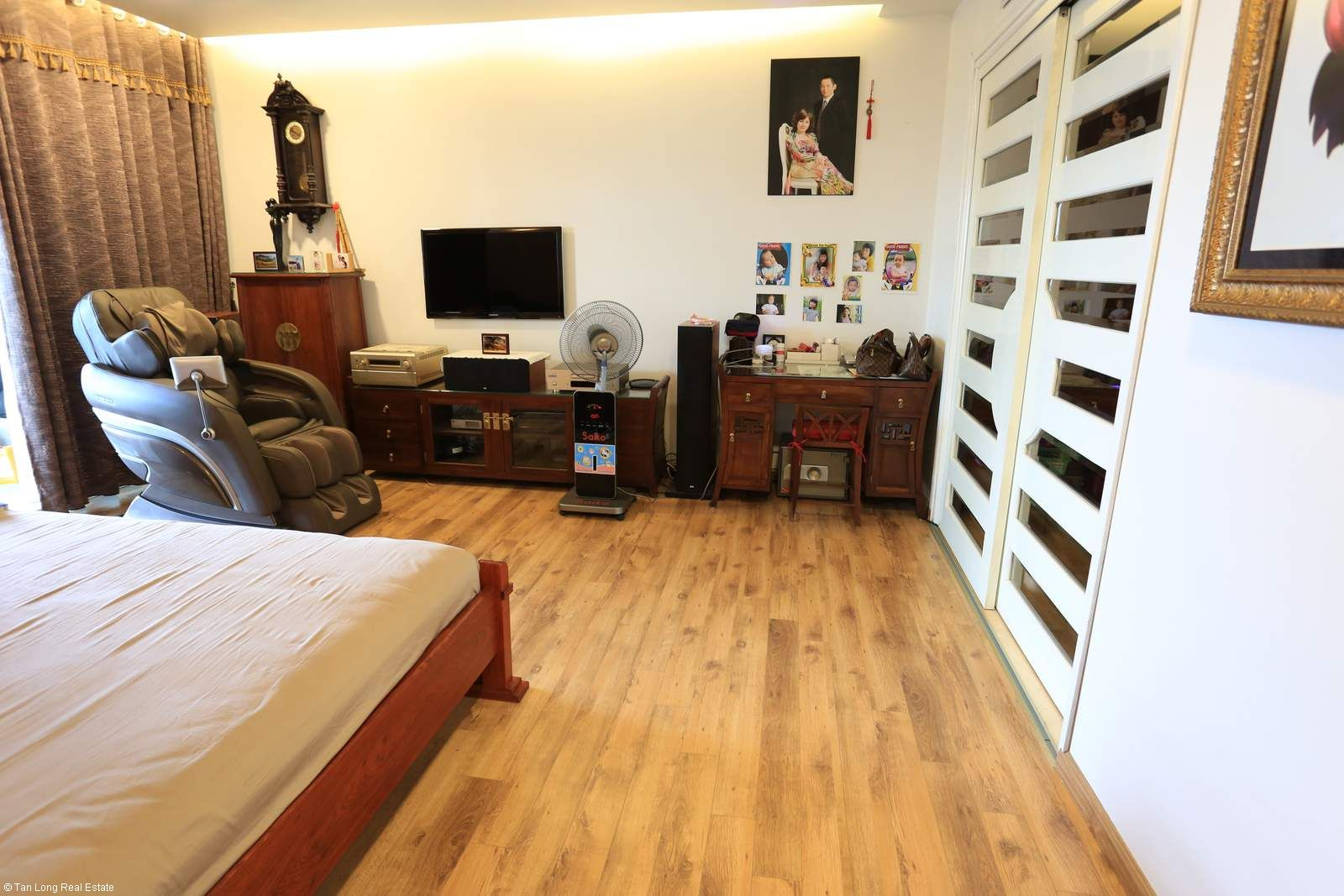 3 bedroom apartment in 671 Hoang Hoa Tham rental. 2
