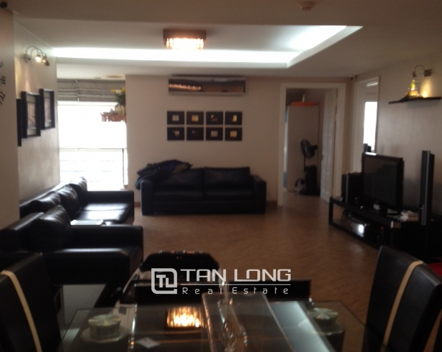 3 bedroom apartment with full furniture for sale in E4 Ciputra Hanoi 3