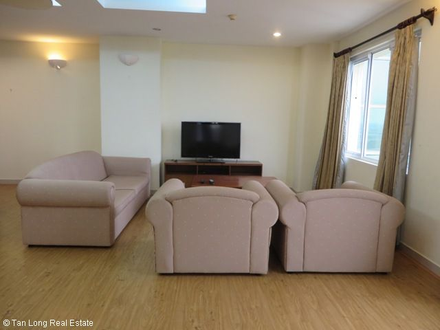 3 bedroom apartment with full furniture for sale in G3 Ciputra, Tay Ho district, Hanoi 2