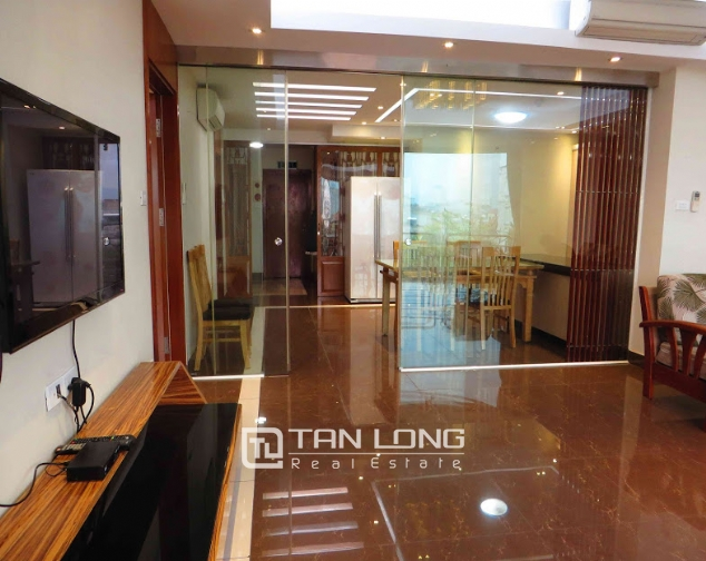 3 bedroom serviced apartment for rent on Doi Can 8