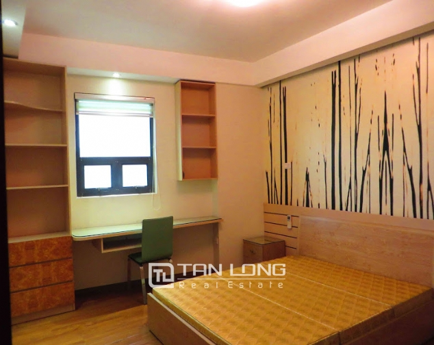 3 bedroom serviced apartment for rent on Doi Can 10