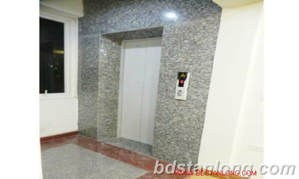 3 bedroom serviced apartment in Cau Giay district, Hanoi. 2