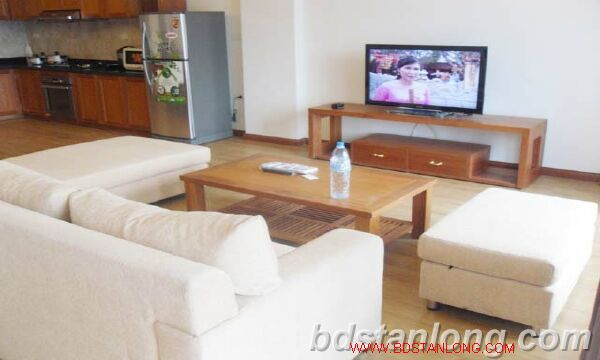 3 bedroom serviced apartment in Cau Giay district, Hanoi. 4