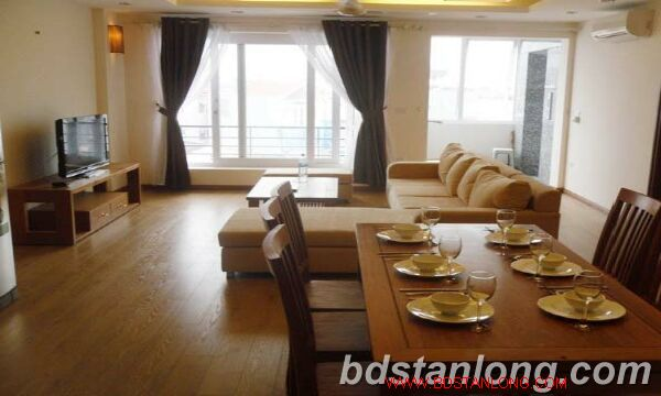 3 bedroom serviced apartment in Cau Giay district, Hanoi.