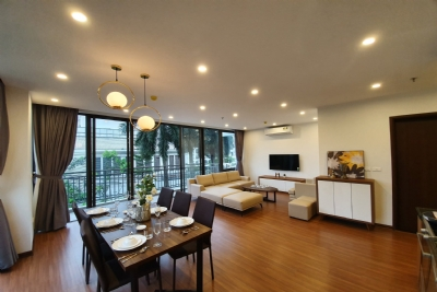 3 bedrooms apartment for rent in Tay Ho district