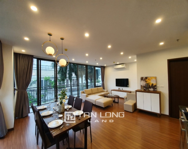 3 bedrooms apartment for rent in Tay Ho district 1