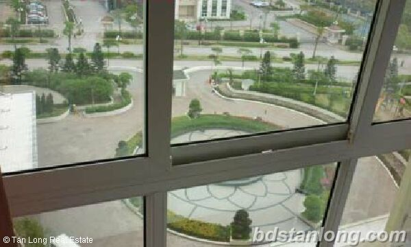 3 bedrooms apartment in P2 Ciputra for rent. 8