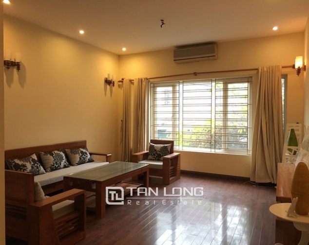 3 bedrooms house for lease in Au Co str., Tay Ho dist., Hanoi 1