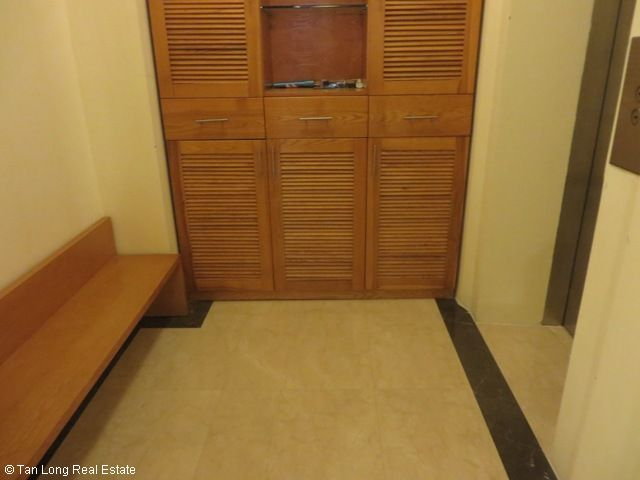 3 nice bedrooms flat for lease in high floor P2 Tower, Ciputra at 1100 USD 5