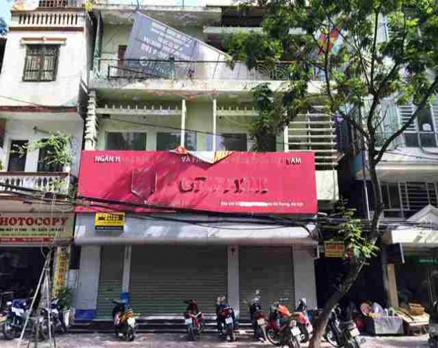 3 storey house for lease, 100m2 each, bright balcony on Han Thuyen Street 4