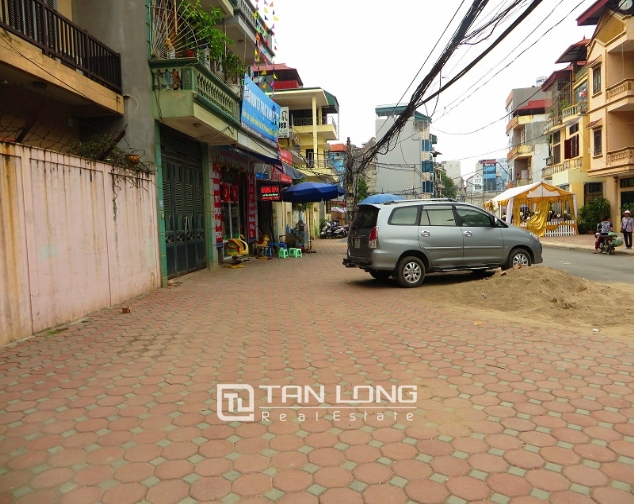 3 storey house in Buoi street, Ba Dinh district for sale, nice garden 1