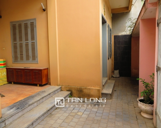 3 storey house in Buoi street, Ba Dinh district for sale, nice garden 4