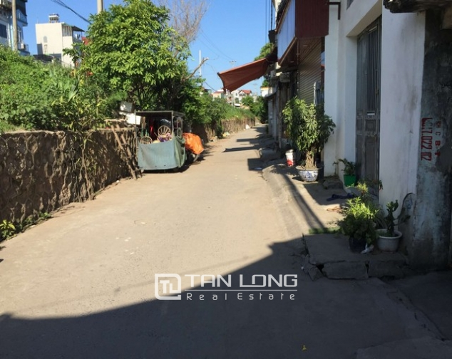 3 storey house in Nguyen Khoai, Hai Ba Trung district for sale 1