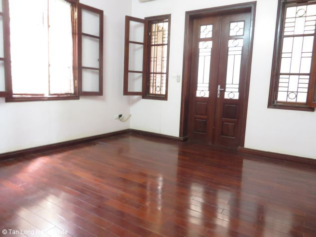 3.5 storey house for lease in Nguyen Thi Dinh street, Cau Giay district, Hanoi. 2