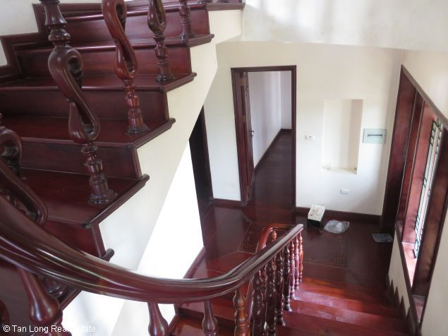 3.5 storey house for lease in Nguyen Thi Dinh street, Cau Giay district, Hanoi. 8