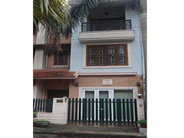 3.5 storey house for rent in Hoang Hoa Tham, Ba Dinh district, available garage