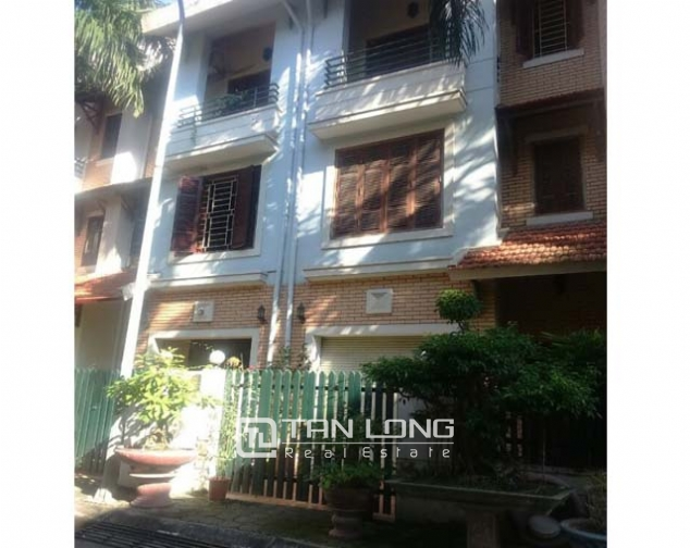 3.5 storey house for rent in Hoang Hoa Tham, Ba Dinh district, available garage 3