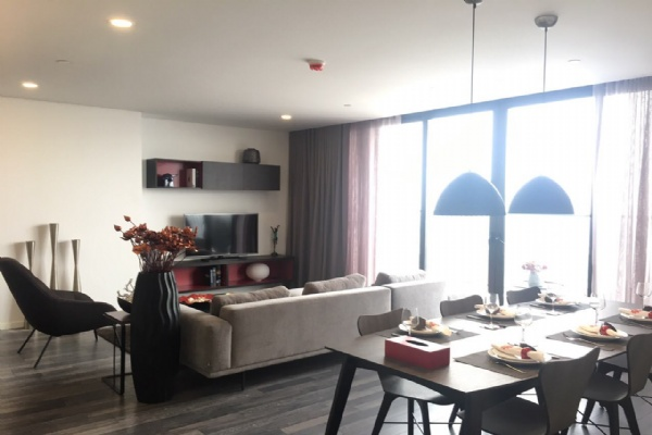 3BR EXECUTIVE APARTMENT FOR RENT
