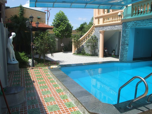 3-storey villa with swimming pool for lease in Nguyen Khoai road, Hai Ba Trung dist, Hanoi