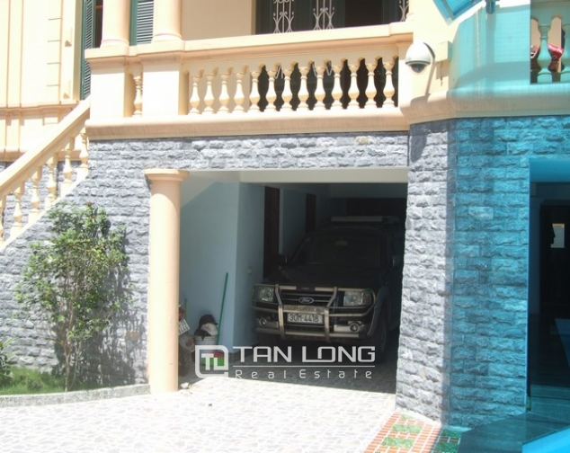 3-storey villa with swimming pool for lease in Nguyen Khoai road, Hai Ba Trung dist, Hanoi 7