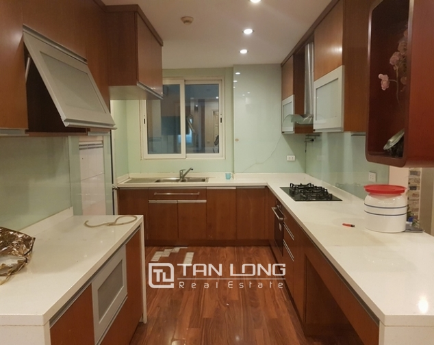 4 bedroom apartment for rent at Ciputra, Tay Ho distr, Hanoi 4