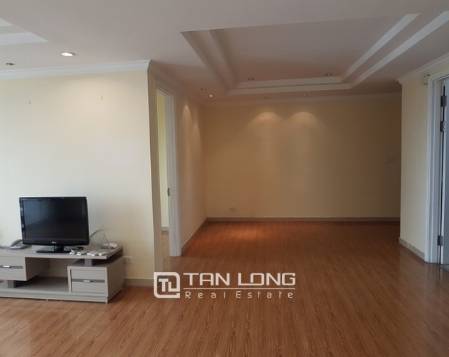 4 bedroom apartment for rent at Ciputra, Tay Ho distr., Hanoi 2