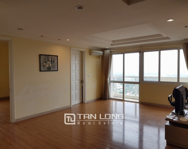 4 bedroom apartment for rent at Ciputra, Tay Ho distr., Hanoi 3