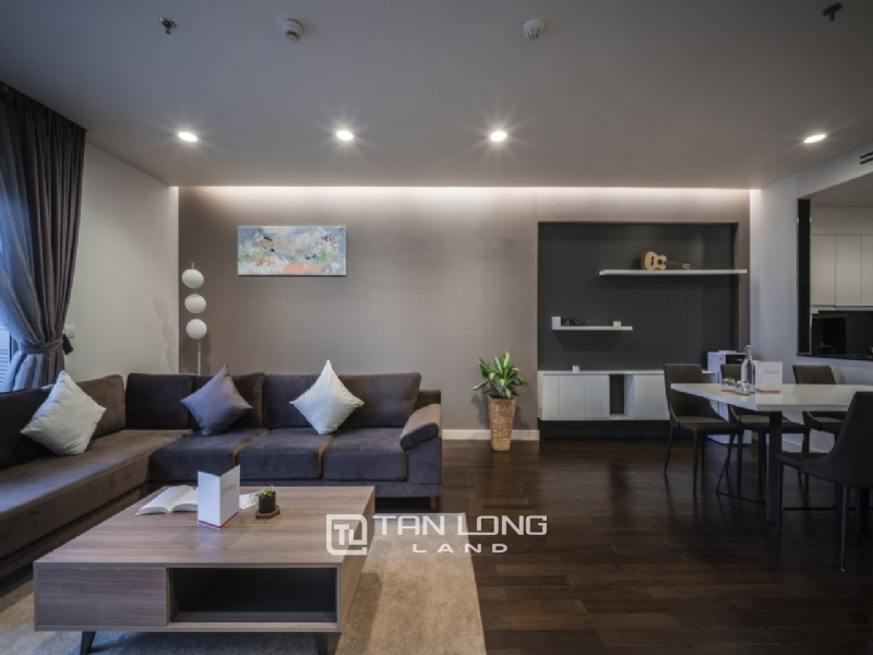 4 BEDROOM APARTMENT FOR RENT IN LANCASTER BUILDING, HANOI 1