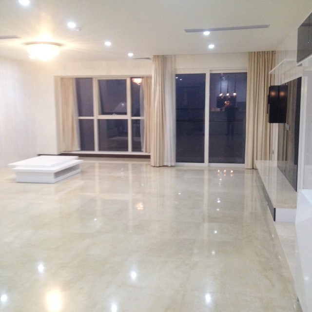 4 bedroom apartment for sale in L1 Ciputra, spacious and modern