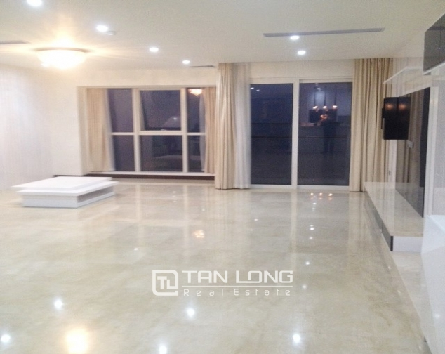 4 bedroom apartment for sale in L1 Ciputra, spacious and modern 1