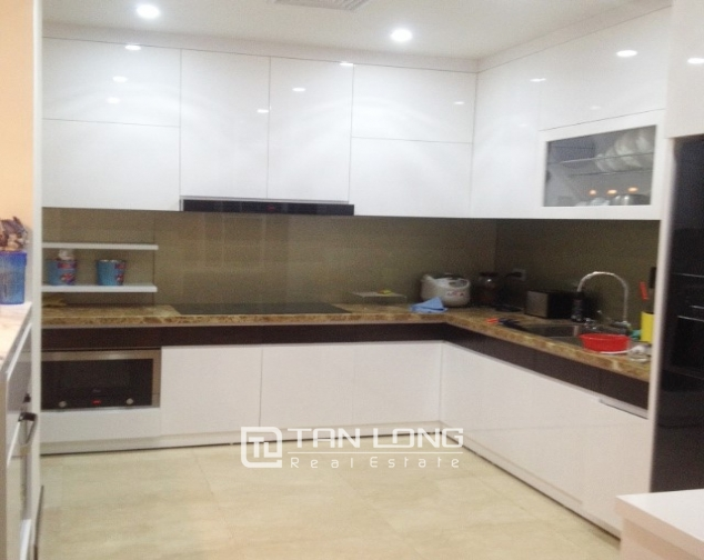 4 bedroom apartment for sale in L1 Ciputra, spacious and modern 3