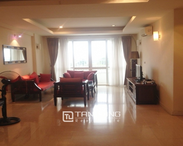 4 bedroom apartment for sale with furniture in P1 Ciputra, Bac Tu Liem dist 1