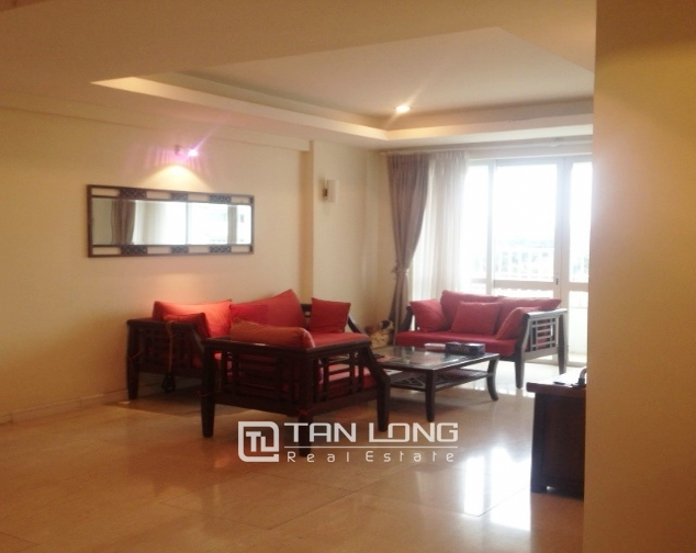 4 bedroom apartment for sale with furniture in P1 Ciputra, Bac Tu Liem dist 2