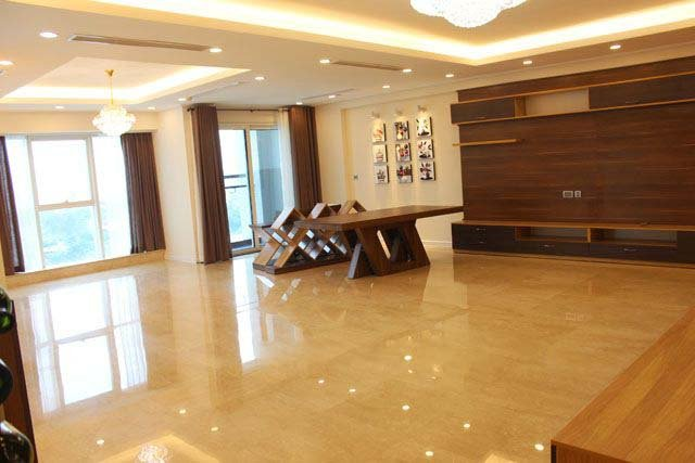 4 bedroom apartment to sell in L1 Ciputra Hanoi