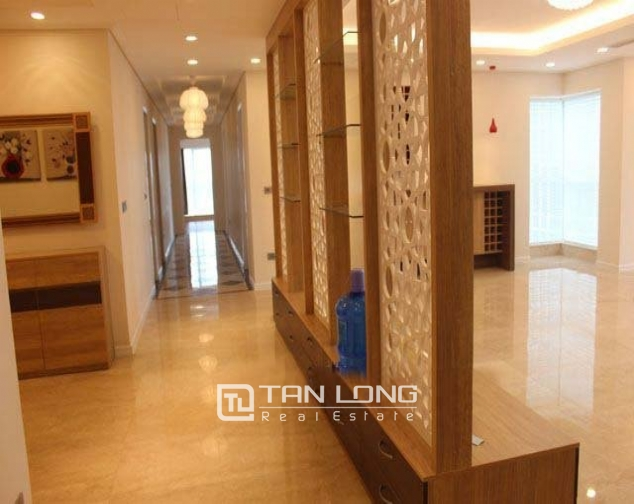 4 bedroom apartment to sell in L1 Ciputra Hanoi 3
