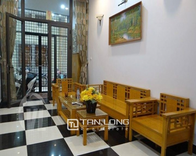 4 bedroom house for rent on 113 alley, Dao Tan street 1