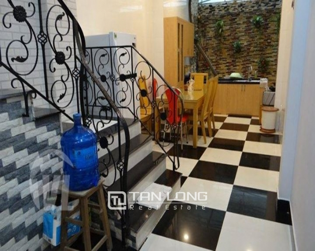 4 bedroom house for rent on 113 alley, Dao Tan street 10