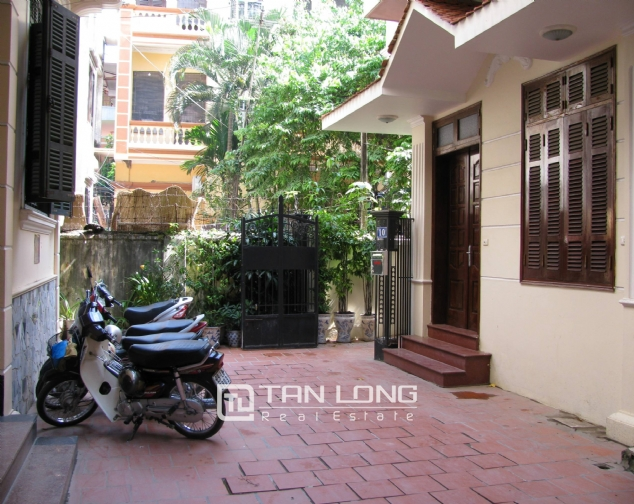 4 bedroom house for rent on Lane 376, Buoi street, Ba Dinh 6