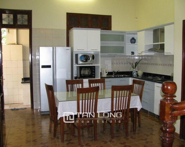 4 bedroom house for rent on Lane 376, Buoi street, Ba Dinh 2