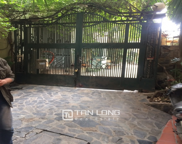 4 bedroom house for rent on Thong Phong, Dong Da 2